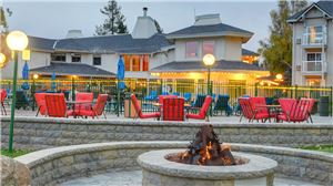 South Lake Tahoe Hotel Outdoor Seating and Firepit.